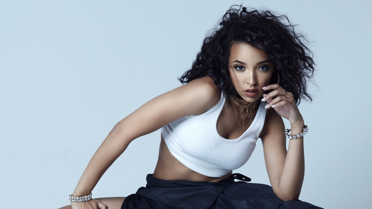 Tinashe Bring the FIRE in Her New Music Video